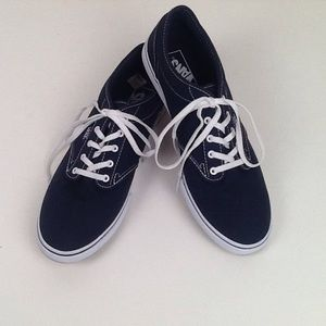 Van's women's classic navy and white sneakers-10.